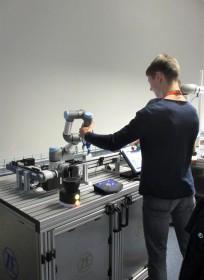 Besuch in dem Robotikzentrum der ZF Friedrichshafen AG